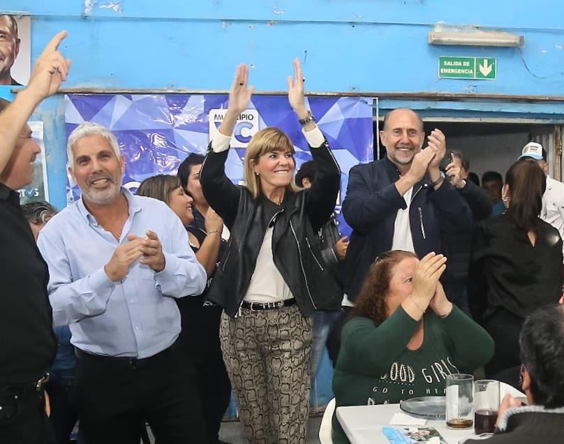 Omar Perotti fue el candidato más votado en el peronismo santafesino que ganó las primarias.