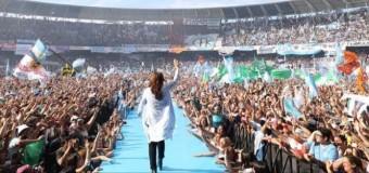 EDITORIAL – Peronismo | A pocos días de recuperar el esplendor, Cristina Fernández comienza su salida del poder.