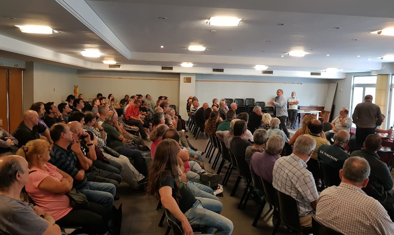 Reunión del SIVENDIA por la crisis de Rubbo.