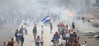 REGIÓN – Honduras | La dictadura hondureña de Hernández hace manifestaciones contra los trabajadores.