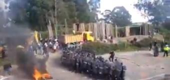 REGIÓN – Honduras | El régimen de Hernández reprime al pueblo hondureño.
