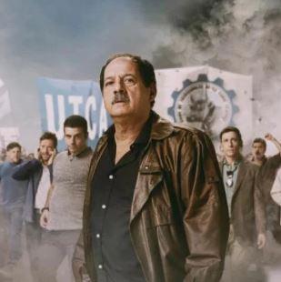 """Julio Chávez interpreta a un sindicalista de la carne corrupto. En 2015, él y Adrián Suar, amigo personal del Presidente Macri habían lanzado """"El Puntero"""" para demonizar a los militantes de base."""