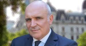 ELECCIONES 2019 – Régimen | Espert quiere echar a 1,5 millones de empleados estatales, pero solo hay 700 mil.