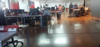 TRABAJADORES – Medios | Los trabajadores de Diario Popular realizan paro ante falta de pago de sueldos.