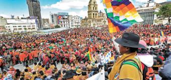 REGIÓN – GOLPE DE ESTADO EN BOLIVIA | Trescientos mil campesinos en asamblea rechazaron la dictadura.