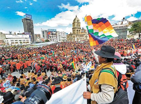Trescientos mil campesinos repudiaron a la dictadura. Otros doscientos mil fueron detenidos en las rutas.