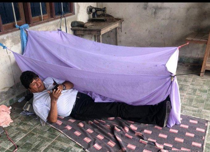 Evo Morales refugiado ante el intento de matarlo por parte de los golpistas.