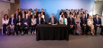 TRANSICIÓN A LA DEMOCRACIA | Alberto Fernández presentó su Gabinete y el equipo de funcionarios.