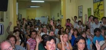 TRABAJADORES – Economía | Aumento fijo de $ 4.000 a todos los trabajadores menos a los docentes.