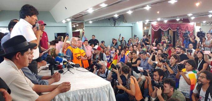 Evo Morales, encabezó en su exilio en Buenos Aires las negociaciones para decidir la fórmula del MAS.