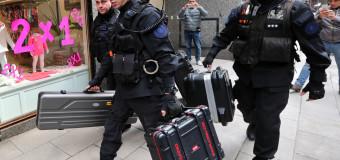 ECONOMÍA – Argentina | El Presidente Fernández aumenta salarios a militares y fuerzas de seguridad.
