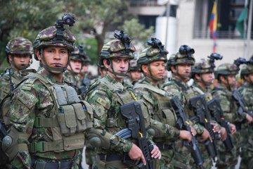 Colombia_militares_calles_2