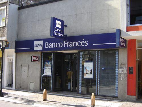 Frances_banco