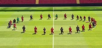 MUNDO – Estados Unidos | Jugadores del Liverpool protestan contra el racismo en Estados Unidos.