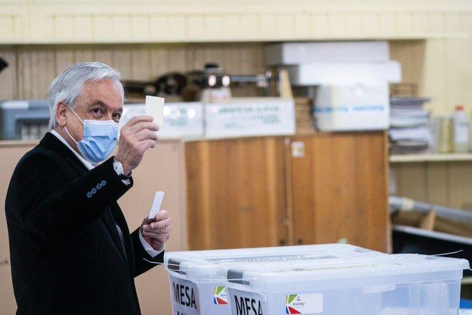Piñera_votando