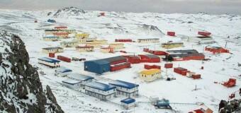 REGIÓN – Antártida | Por riesgo de tsunami evacúan la base chilena de la Antártida.