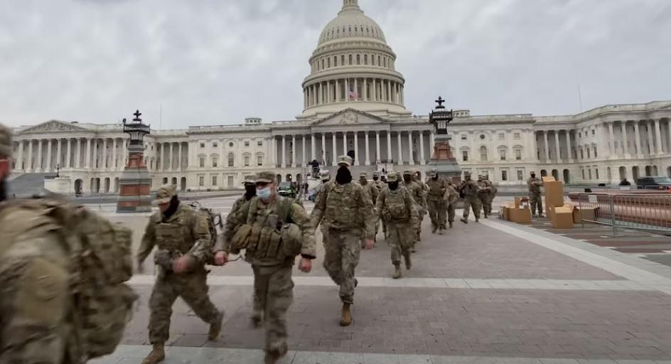 EEUU_Capitolio_militares