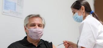 CORONAVIRUS – Argentina | El Presidente Alberto Fernández y el Ministro González García se vacunaron contra el COVID-19.