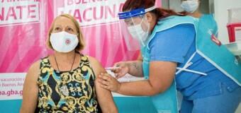 CORONAVIRUS – AMBA | Cerca de 80 mil porteños se vacunaron contra el COVID en la Provincia de Buenos Aires.