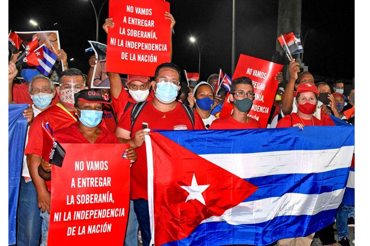 Cuba_apoyo_Revolucion